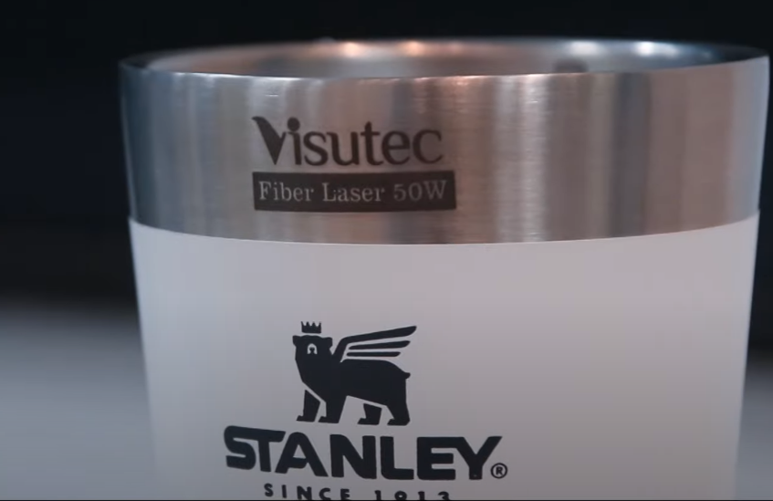 Como fazer gravação a laser na Caneca Stanley? Descubra!